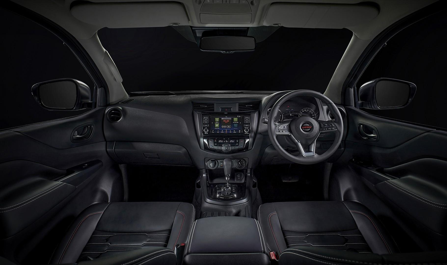 Nissan-Navara-2021-facelift-30