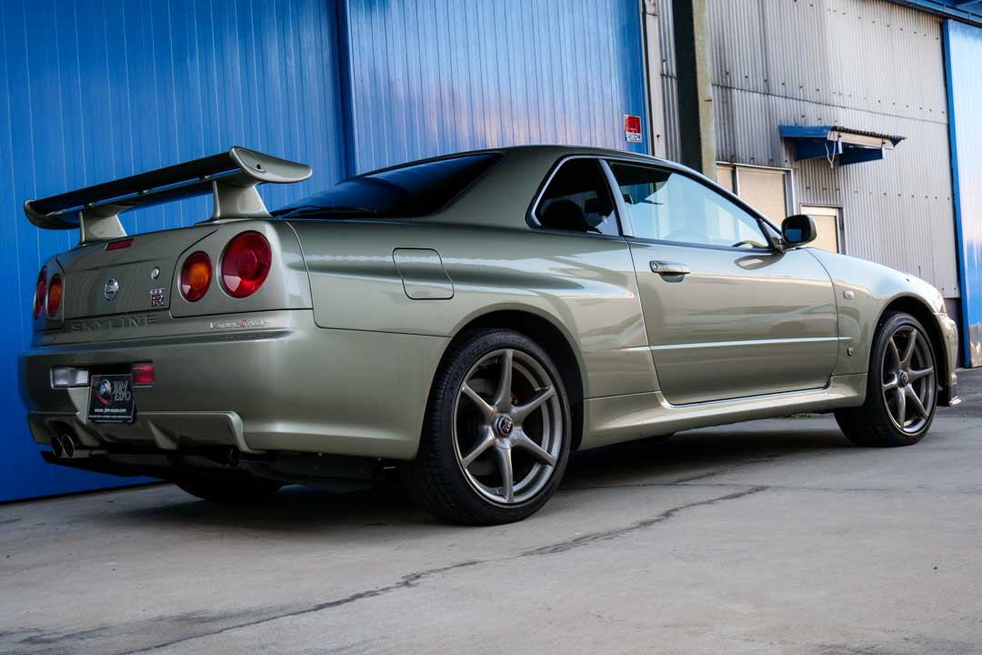 Nissan-R4-Skyline-GT-R-V-Spec-II-Nur-for-sale-31