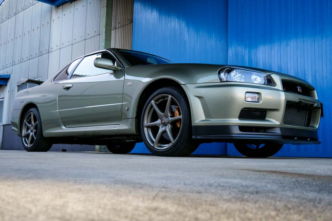 Nissan-R4-Skyline-GT-R-V-Spec-II-Nur-for-sale-36