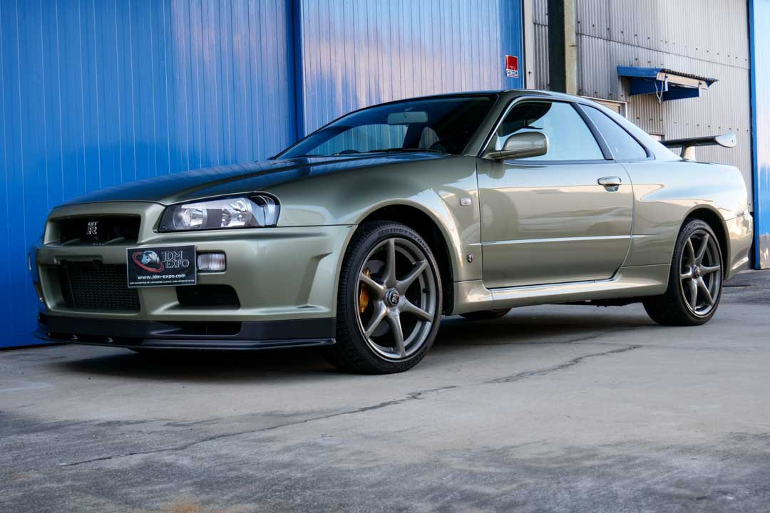 Nissan-R4-Skyline-GT-R-V-Spec-II-Nur-for-sale-4