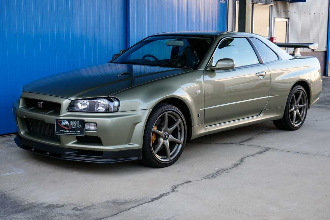 Nissan-R4-Skyline-GT-R-V-Spec-II-Nur-for-sale-6