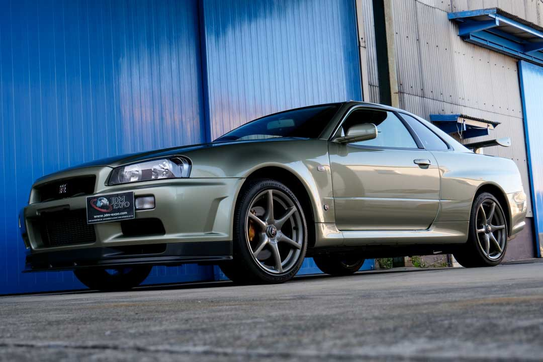 Nissan-R4-Skyline-GT-R-V-Spec-II-Nur-for-sale-7