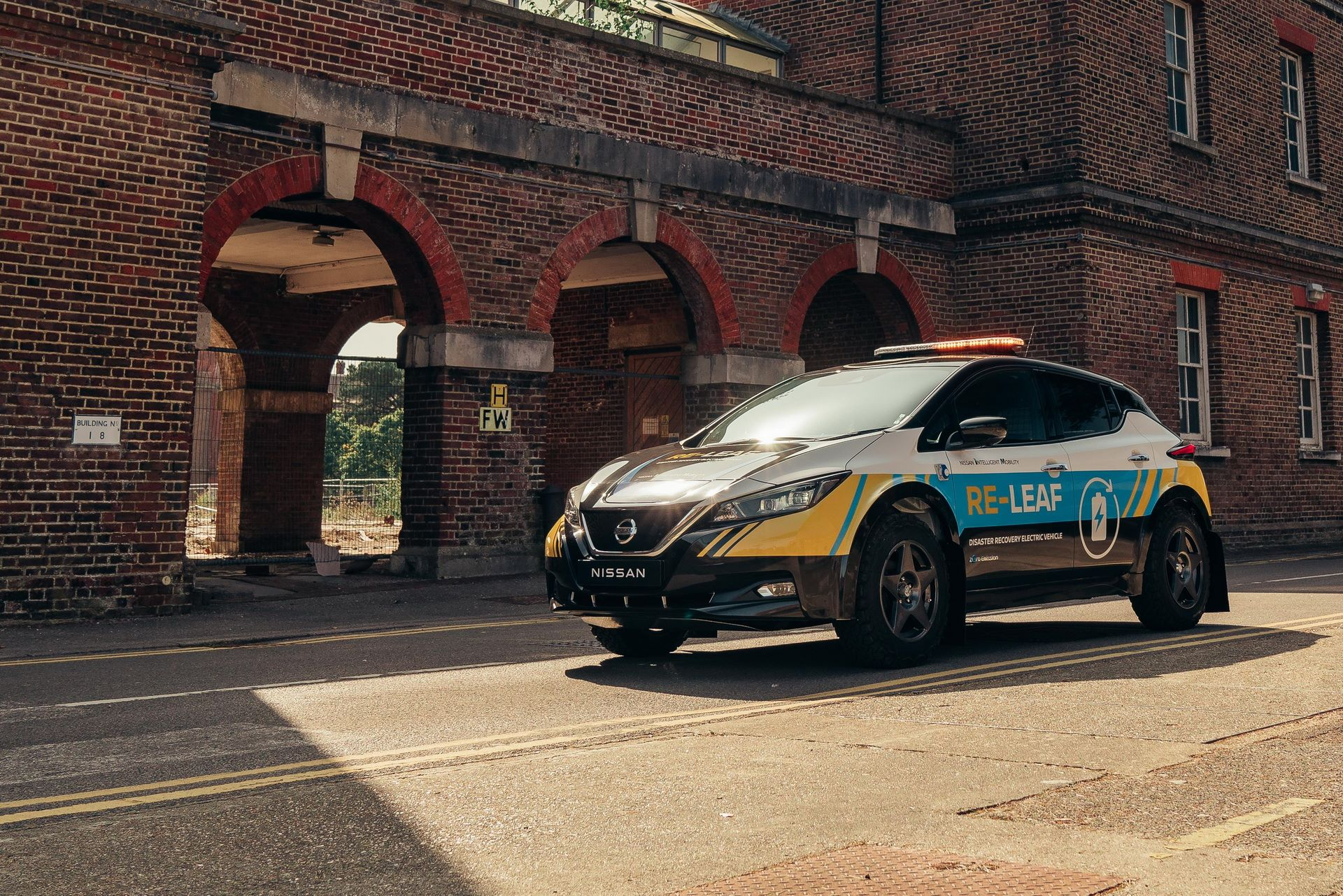 Nissan-Re-Leaf-Concept-4