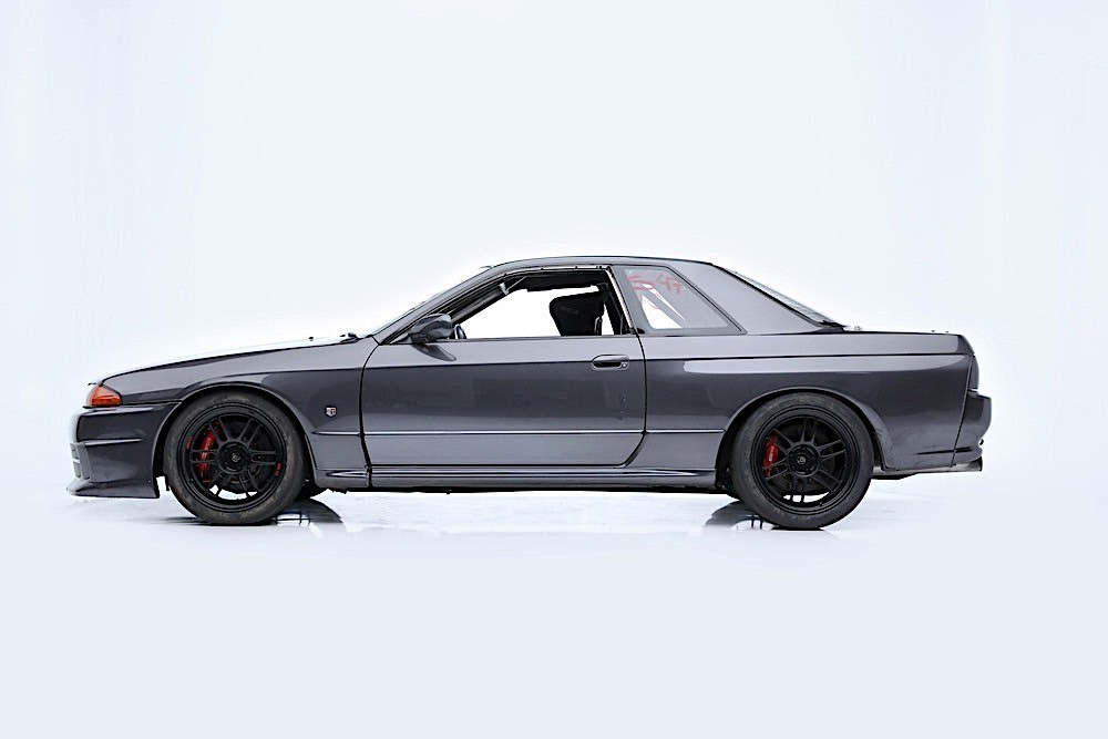 1989_Nissan_Skyline_GT-R_R32_Paul_Walker_0005