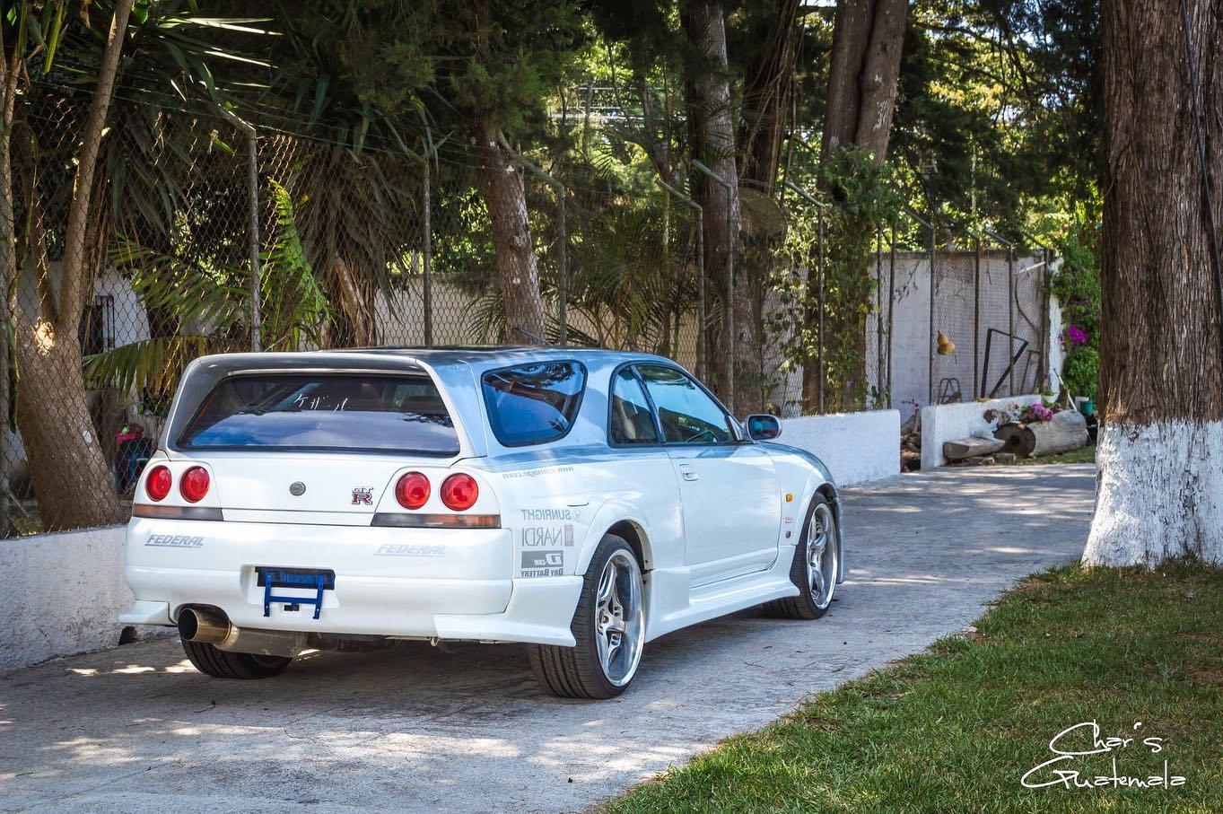 Nissan-Skyline-GT-R-R33-Speedwagon-2
