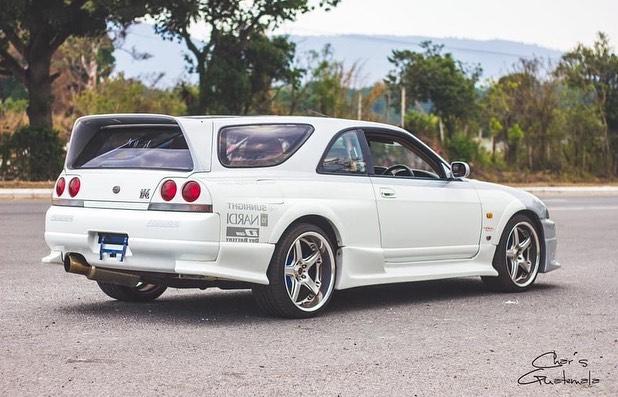 Nissan-Skyline-GT-R-R33-Speedwagon-5