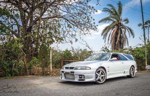 Nissan-Skyline-GT-R-R33-Speedwagon-6