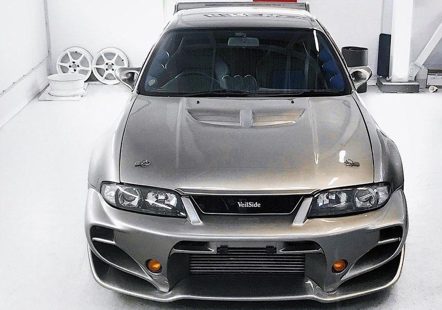 Nissan_Skyline_R33_Veilside_0003