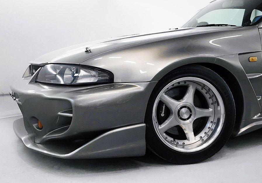 Nissan_Skyline_R33_Veilside_0004