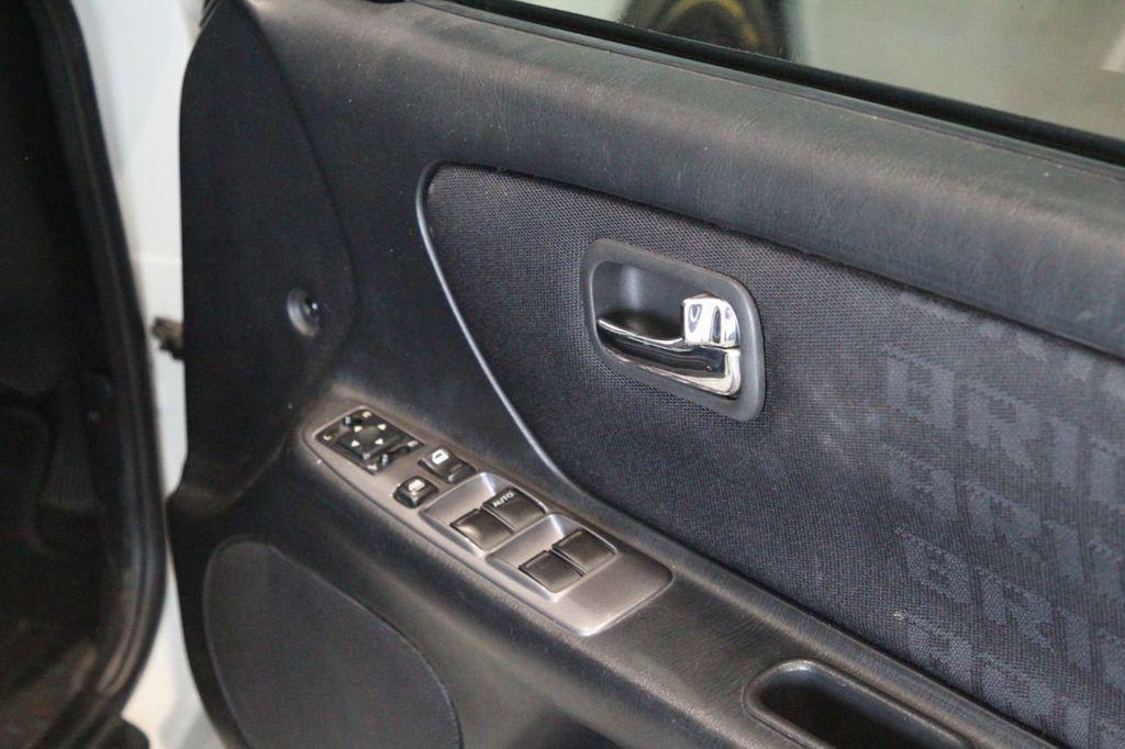Nissan_Stagea_R34_sale_0010