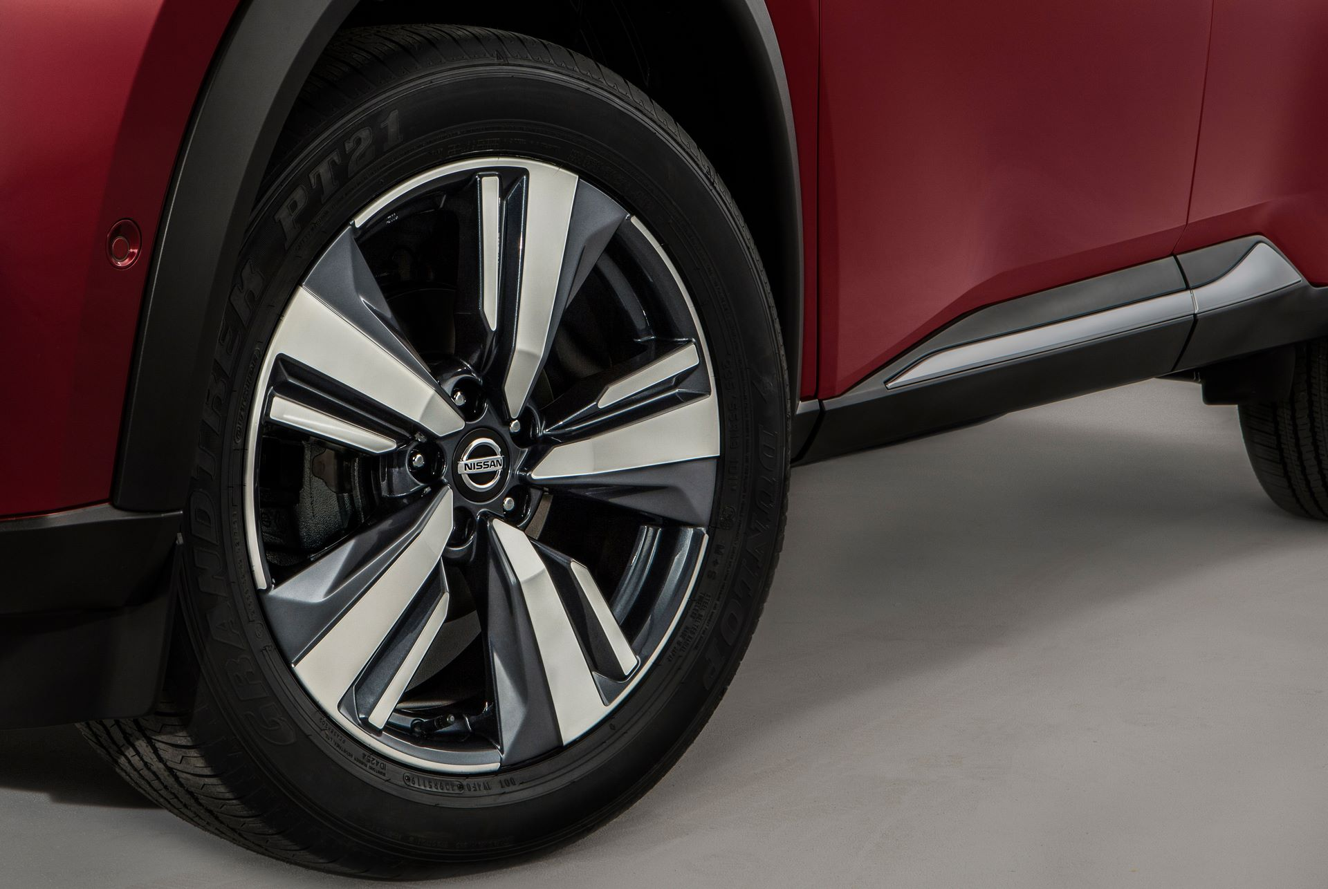 Nissan-X-Trail-2021-23