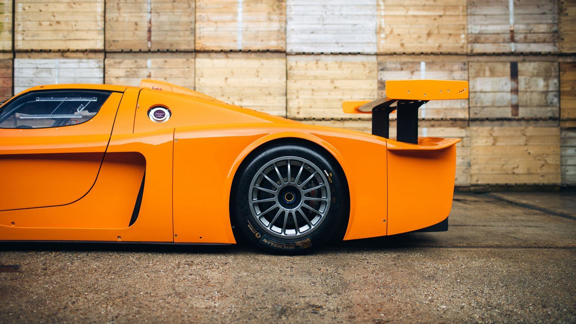 Orange-Maserati-MC12-Corsa-for-sale-10