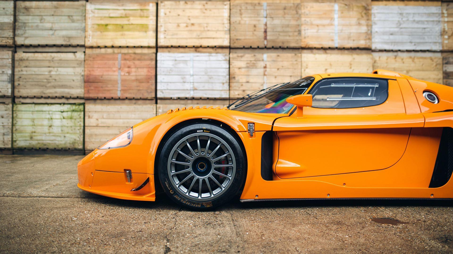 Orange-Maserati-MC12-Corsa-for-sale-17