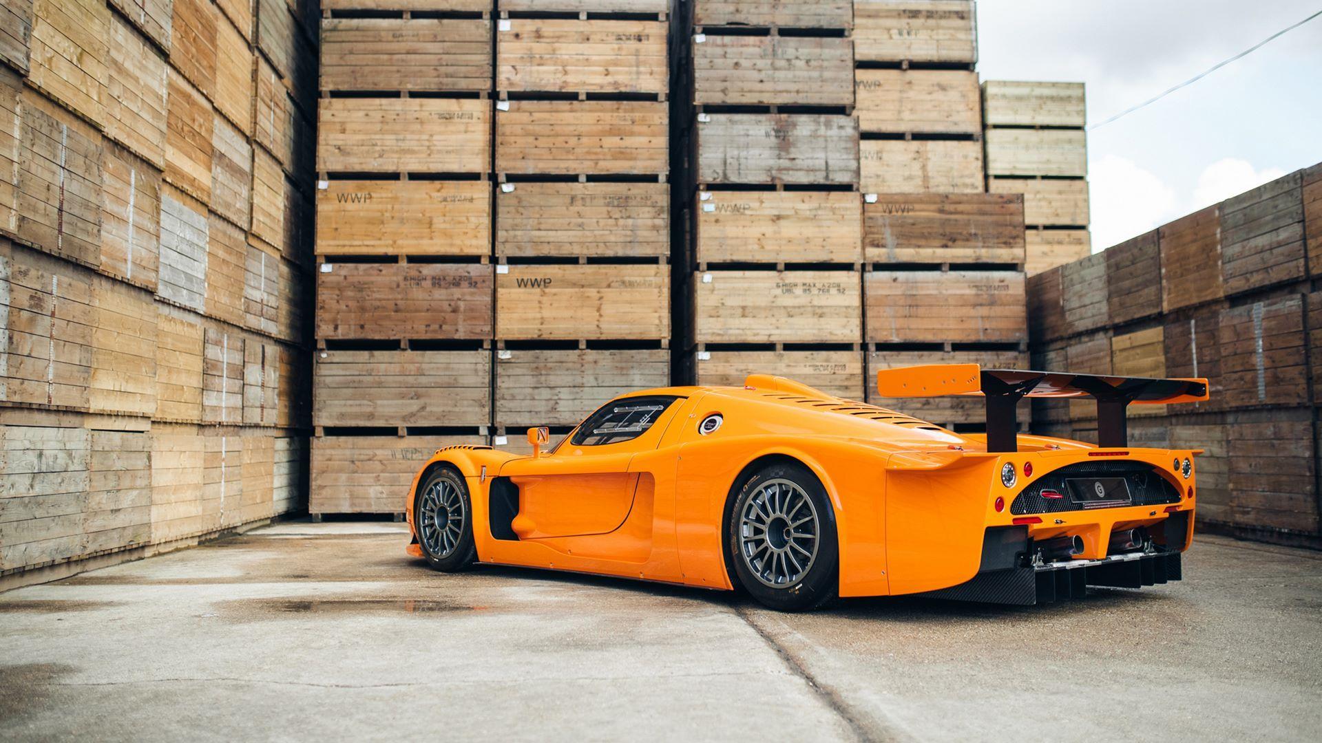 Orange-Maserati-MC12-Corsa-for-sale-20