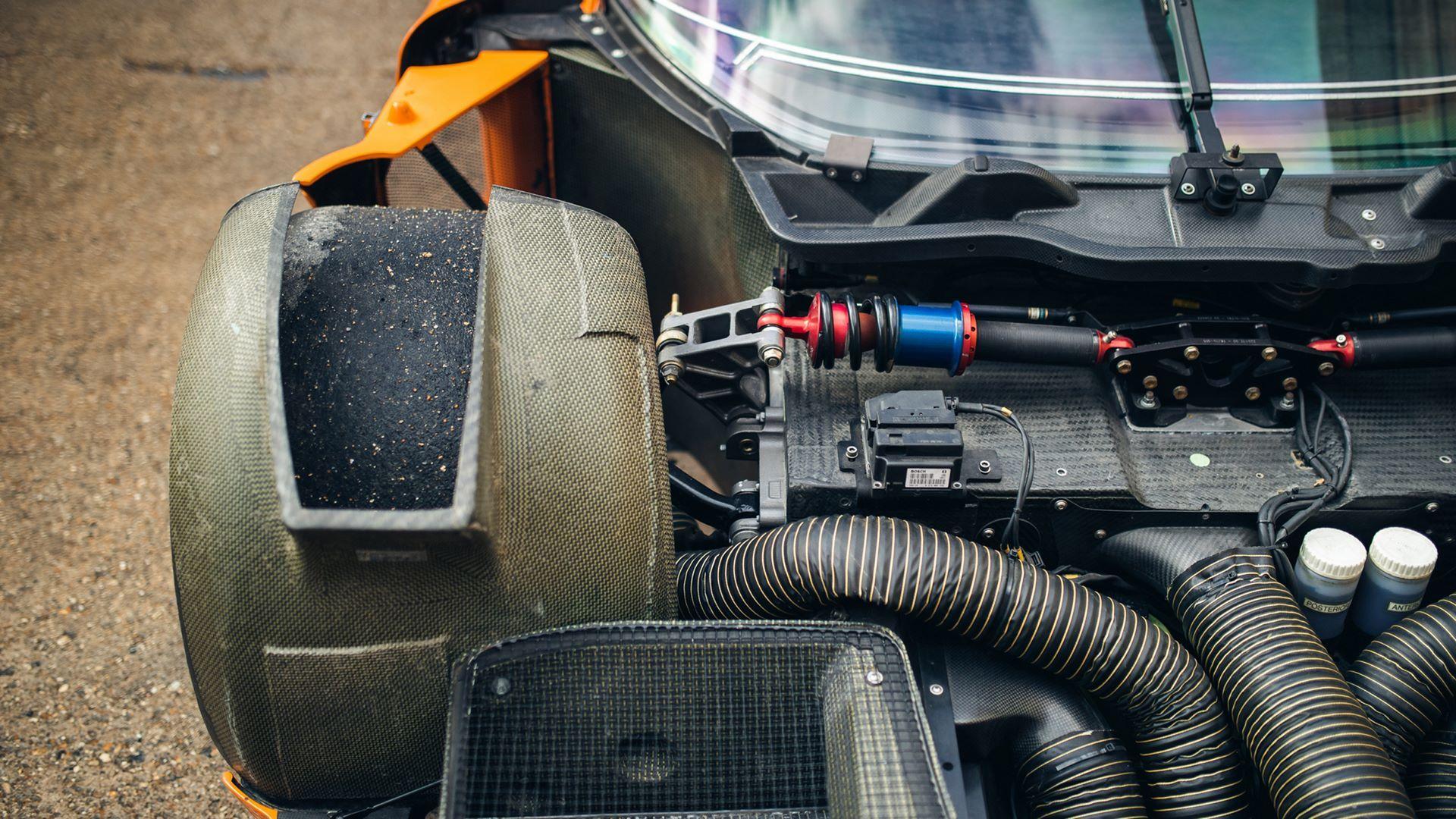 Orange-Maserati-MC12-Corsa-for-sale-30