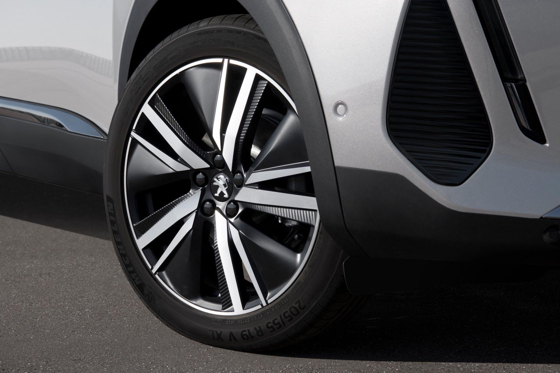Peugeot-3008-facelift-2021-32