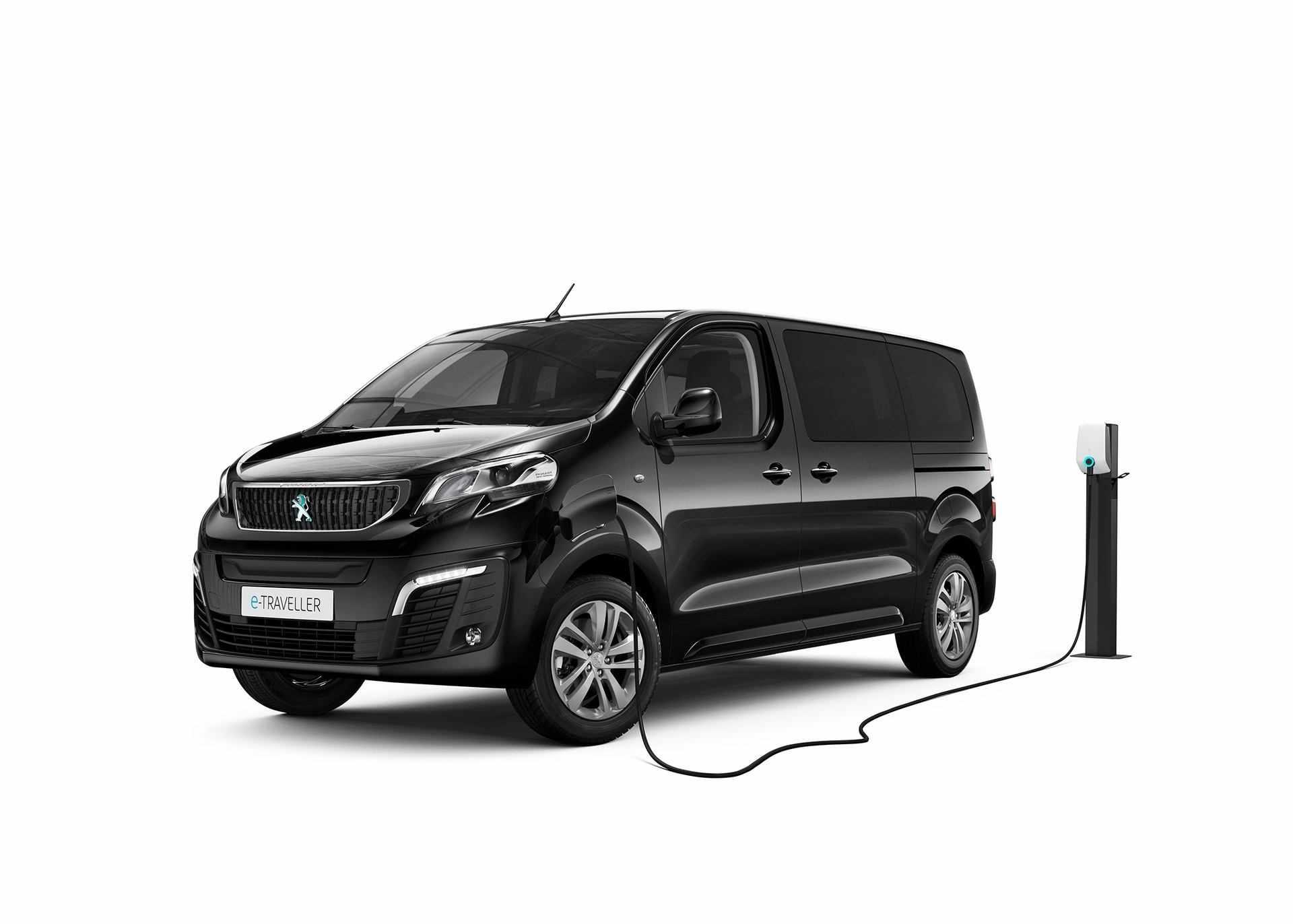 Peugeot_e-Traveller_0002
