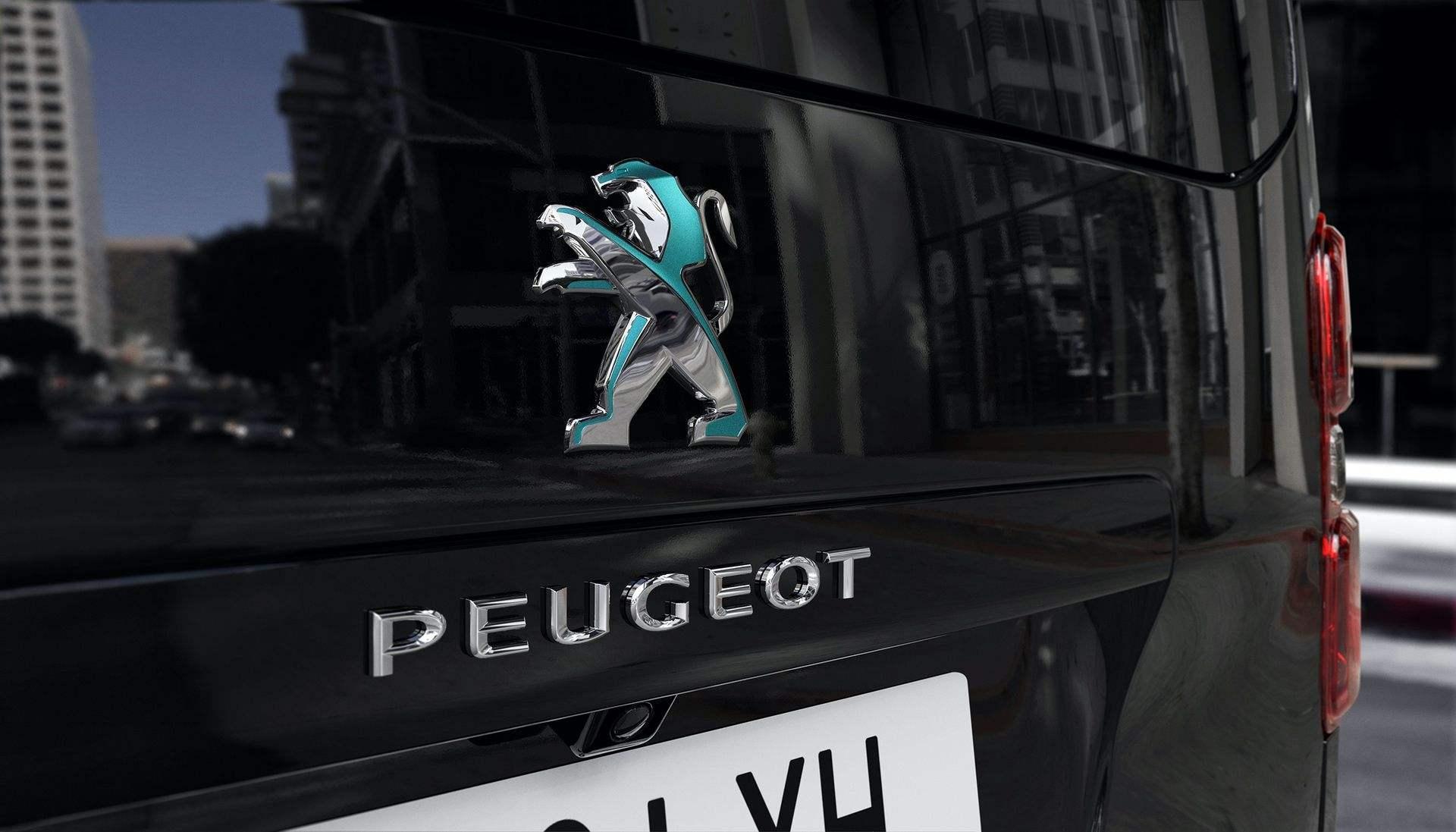 Peugeot_e-Traveller_0015