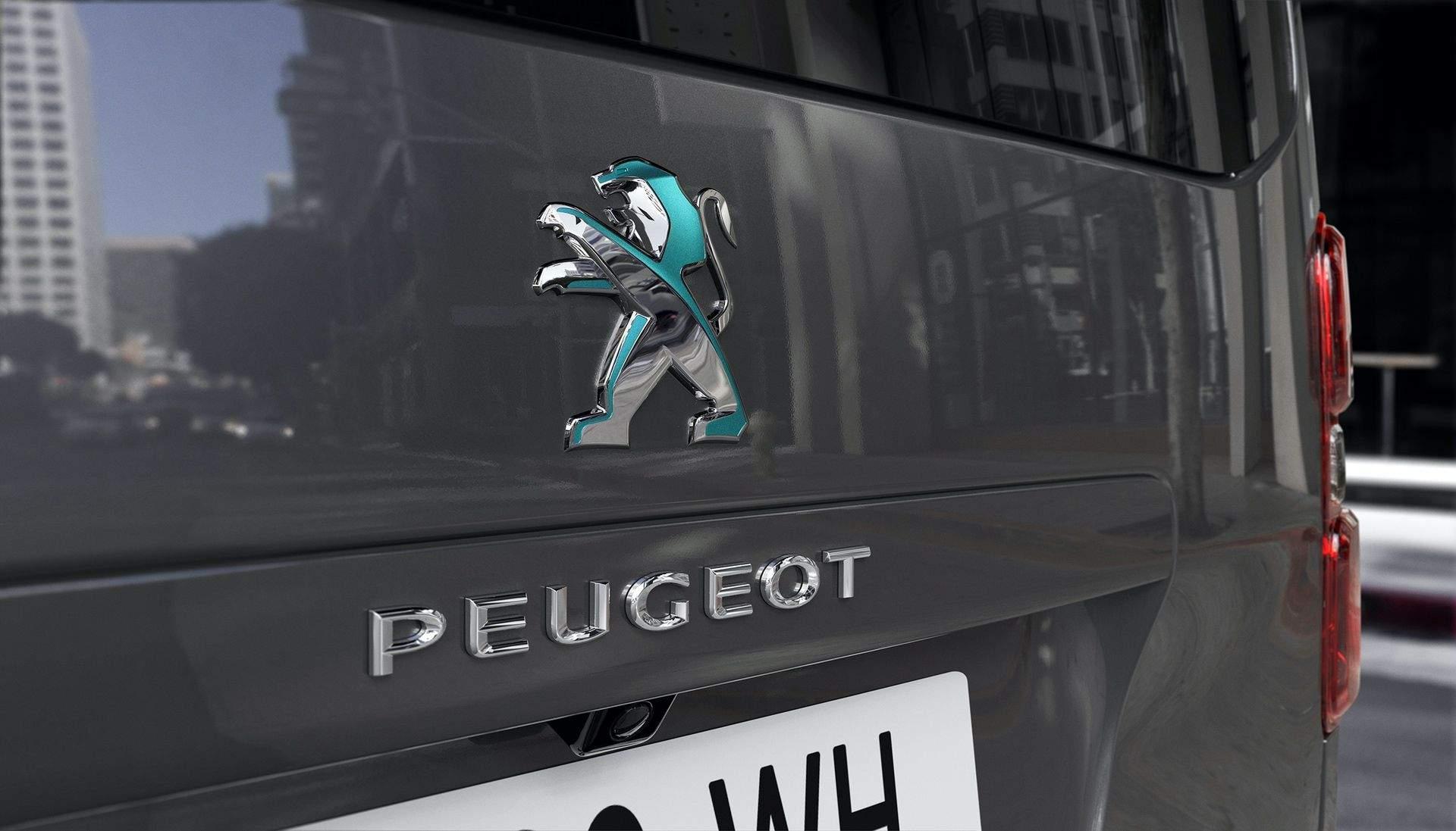 Peugeot_e-Traveller_0019