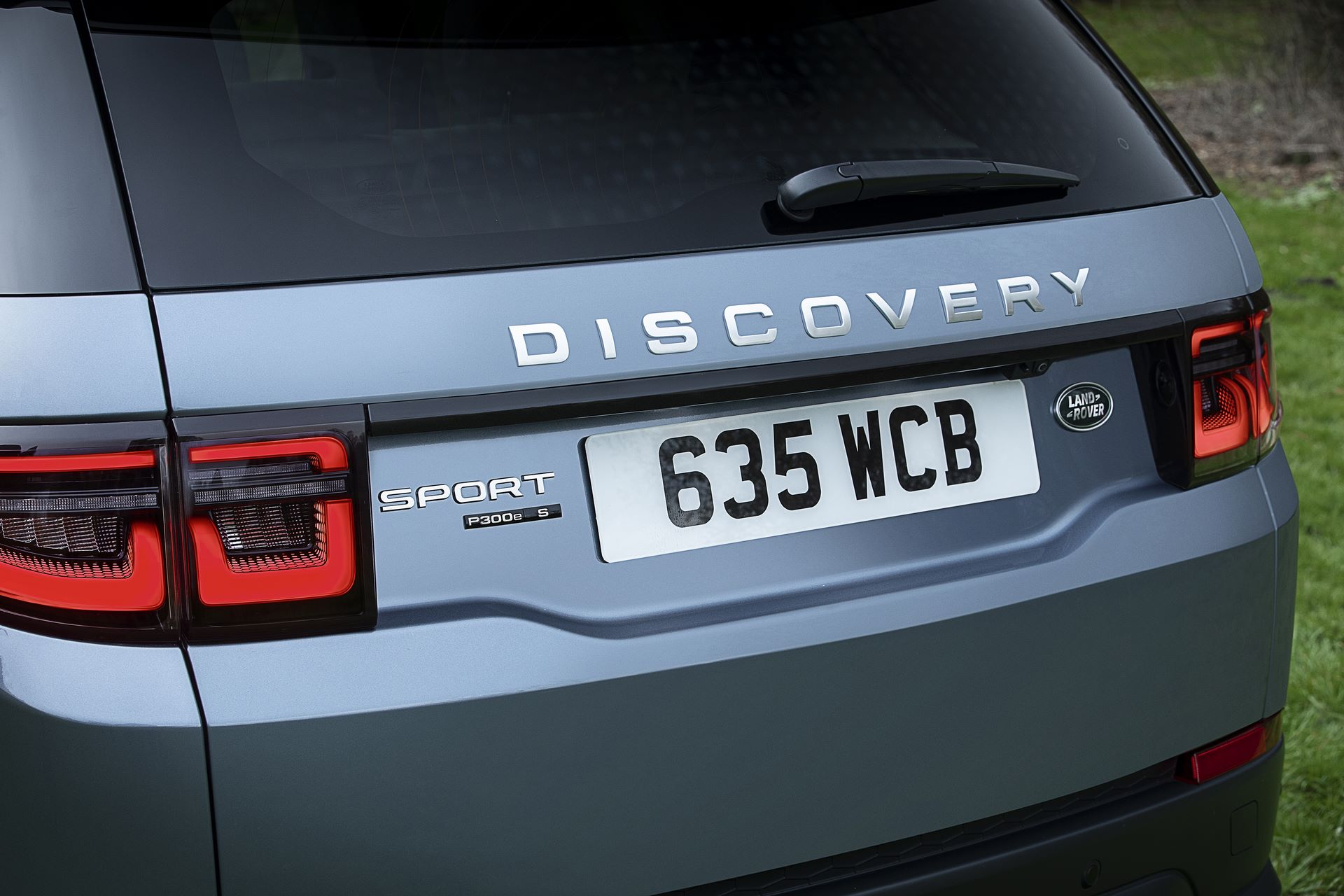 Plug-in-hybrid-Land-Rover-Discovery-Sport-PHEV-1