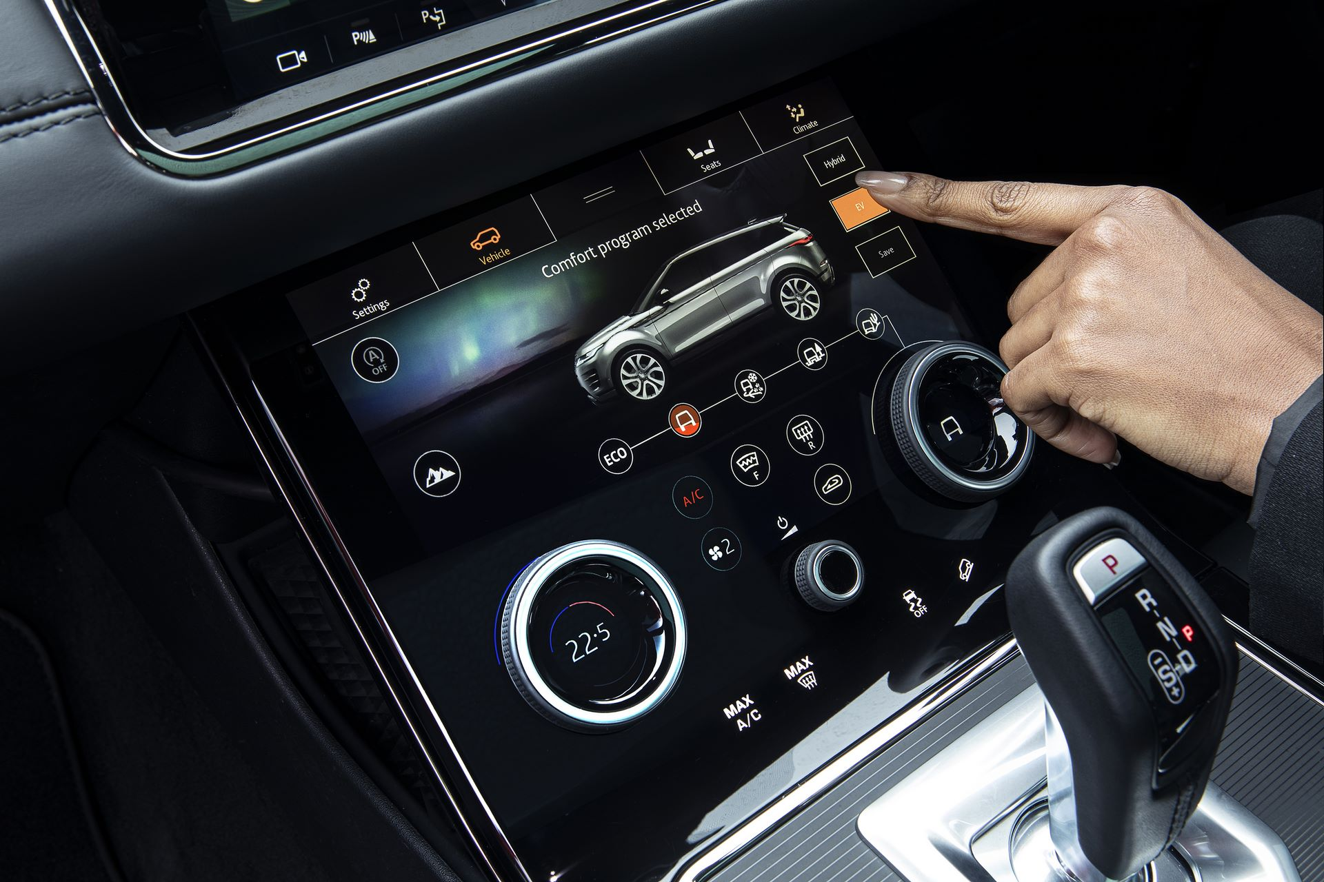 Plug-in-hybrid-Rabge-Rover-Evoque-PHEV-13