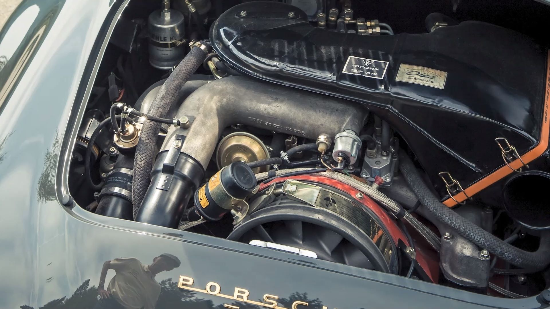 Porsche-356-930-Walter-Rohrl-05