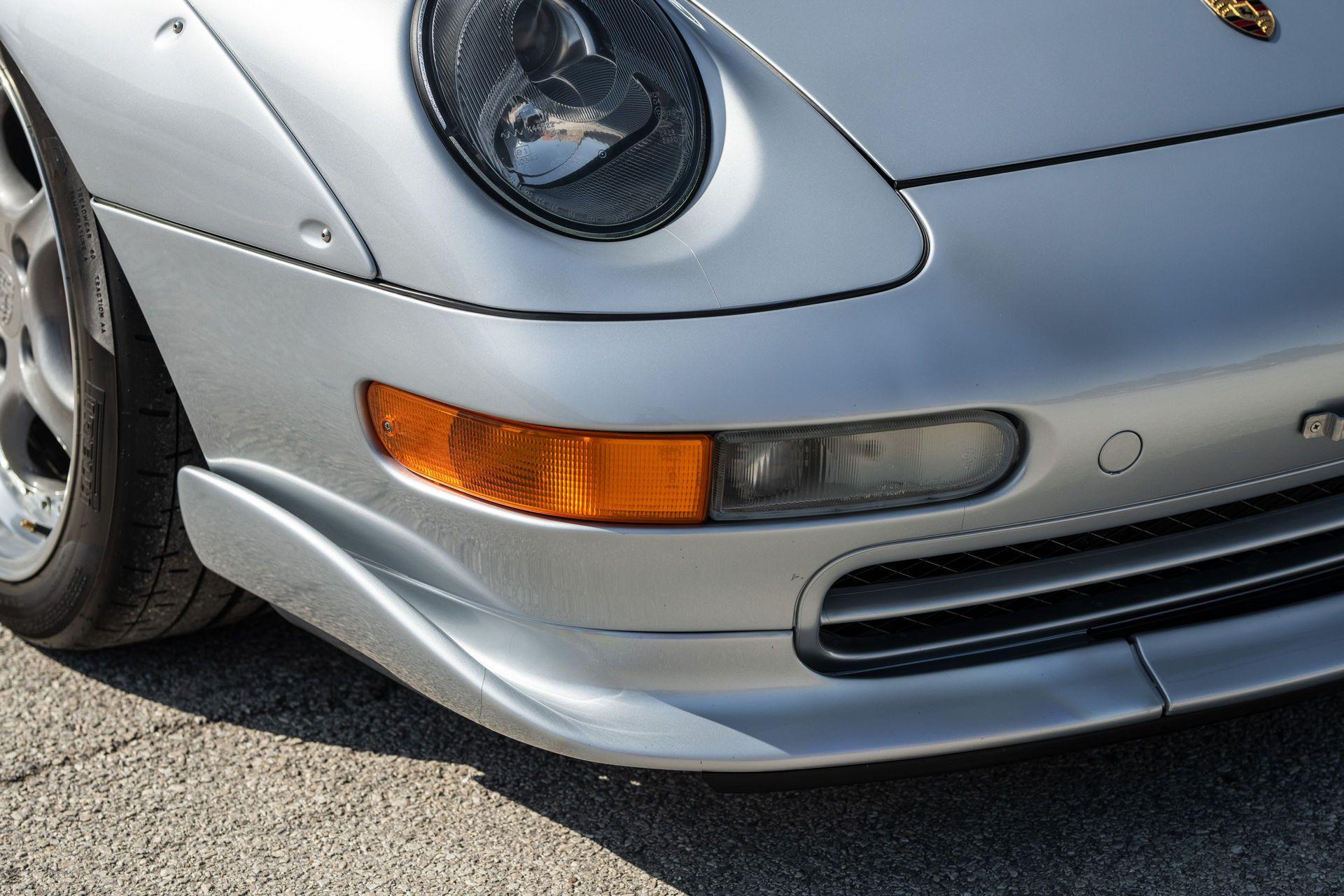 Porsche-911-GT2-37