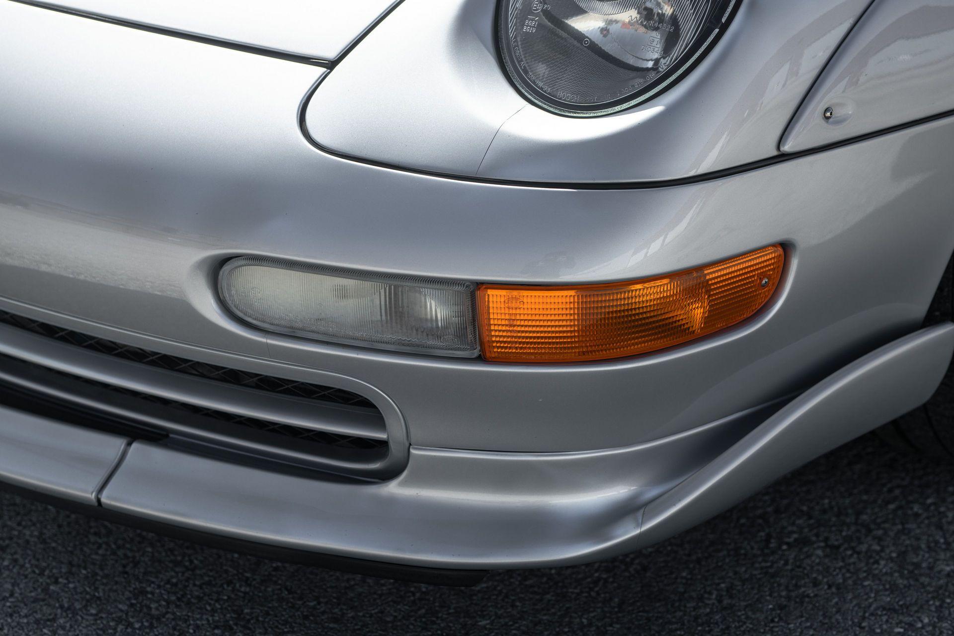 Porsche-911-GT2-39