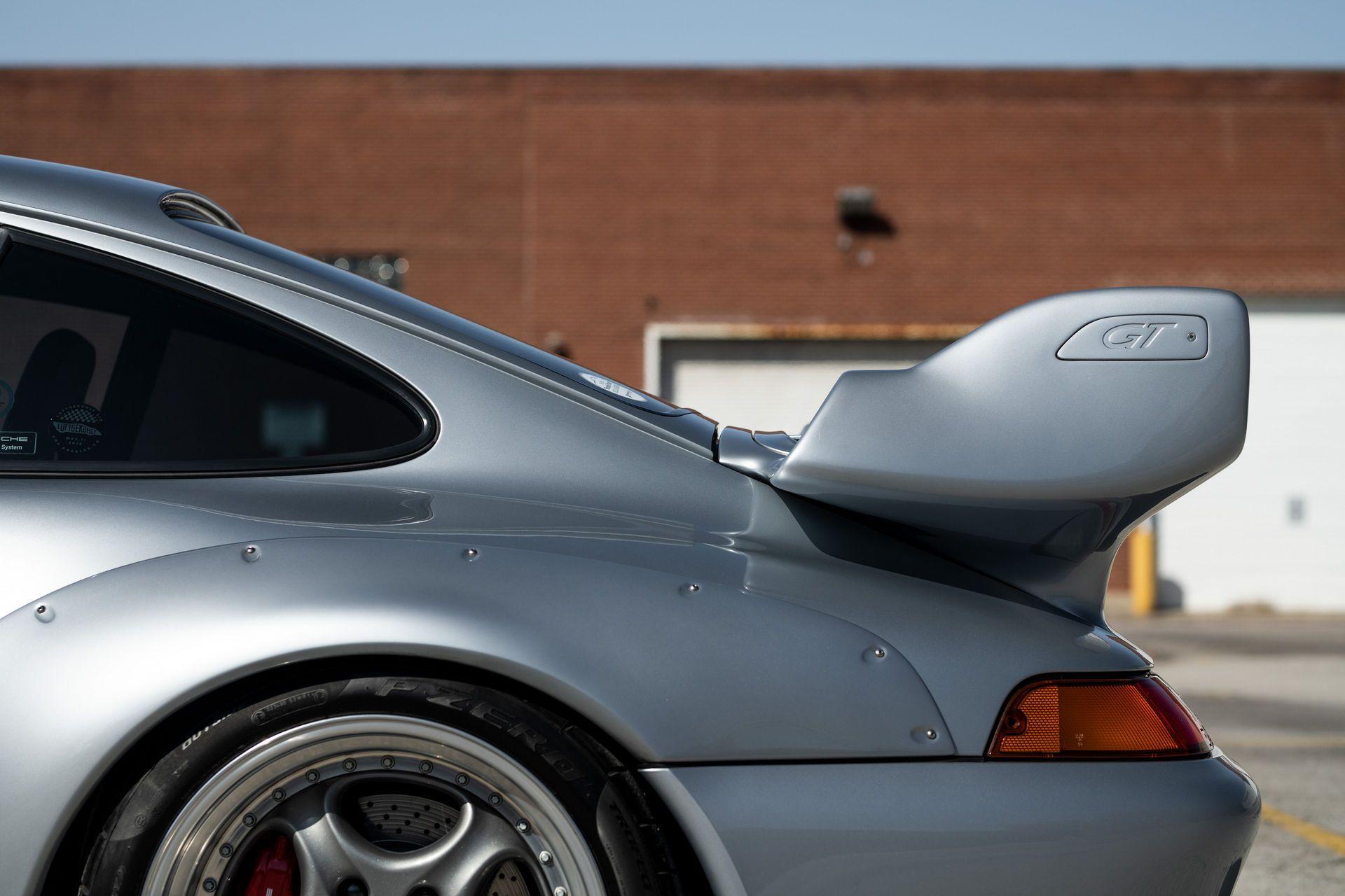 Porsche-911-GT2-42