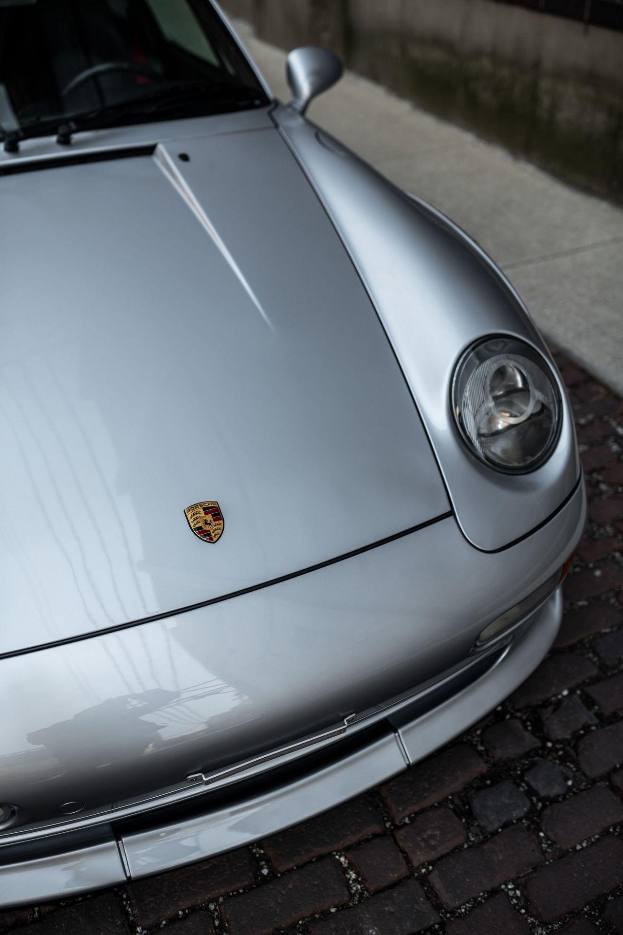 Porsche-911-GT2-6