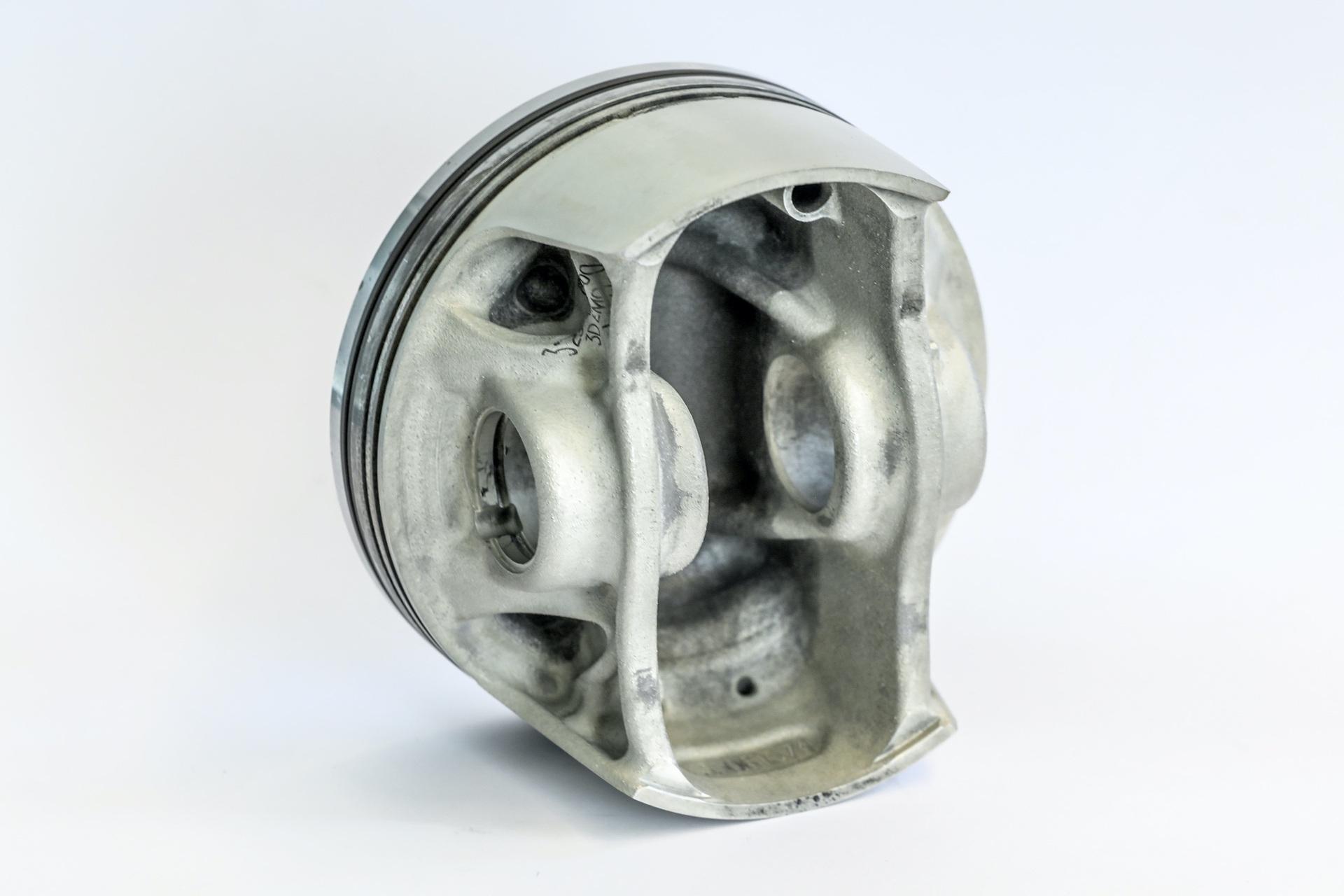 Porsche_911_GT2RS_3D_pistons_0001