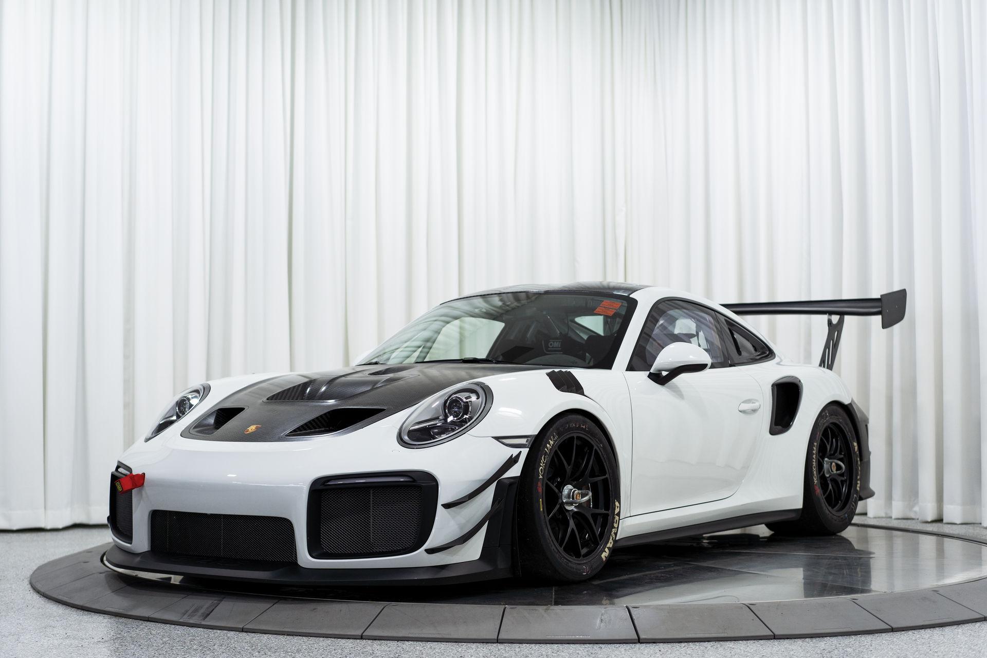 Porsche-911-GT2-RS-Clubsport-auction-1