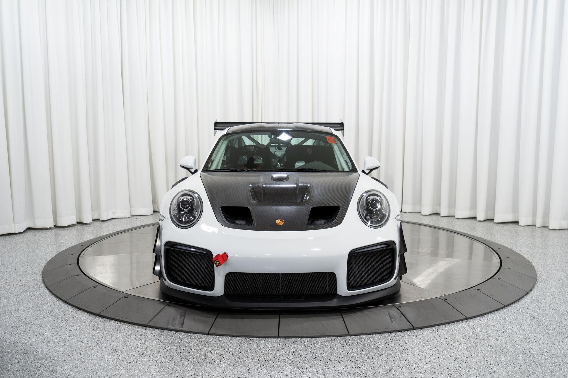 Porsche-911-GT2-RS-Clubsport-auction-11