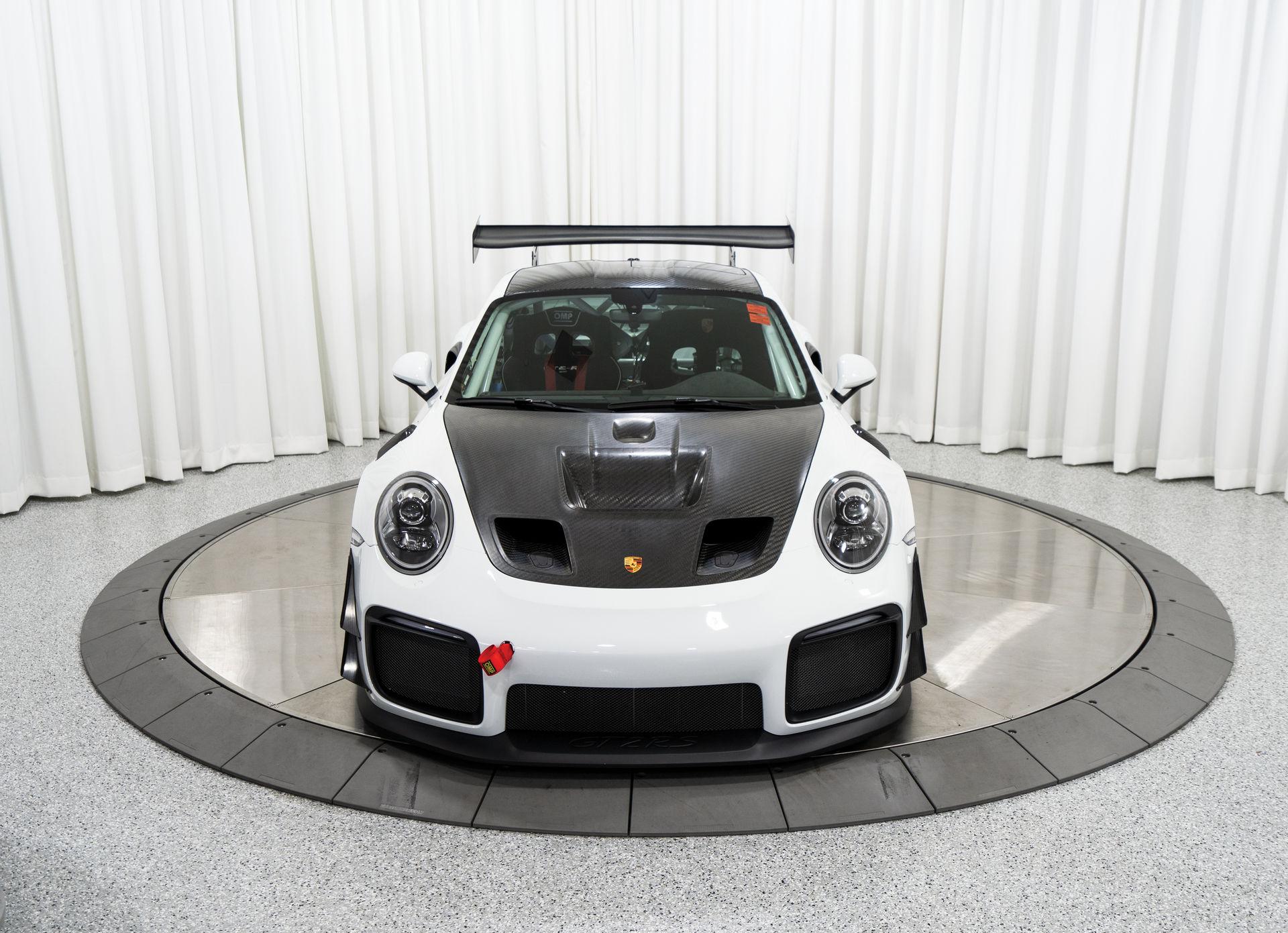 Porsche-911-GT2-RS-Clubsport-auction-2