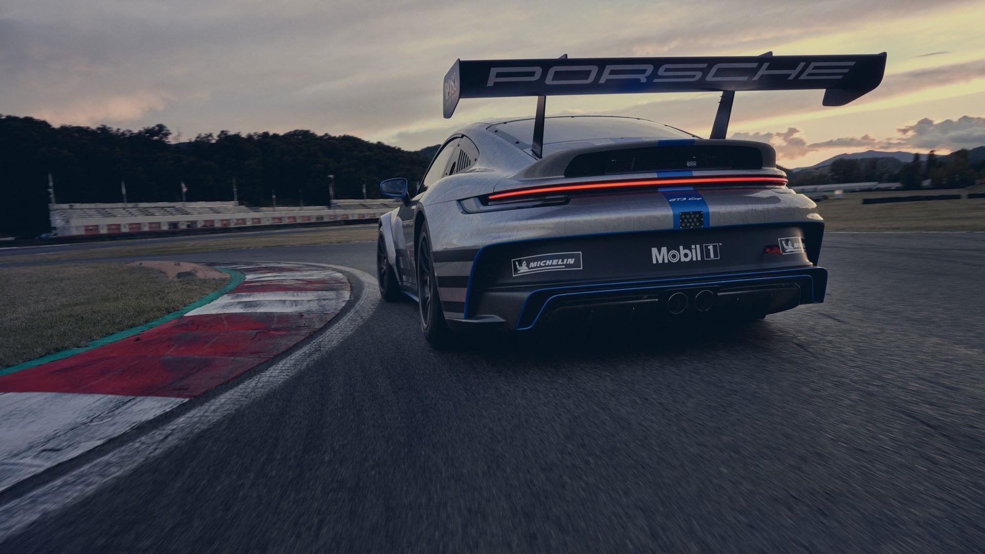 Porsche-911-GT3-Cup-2021-9