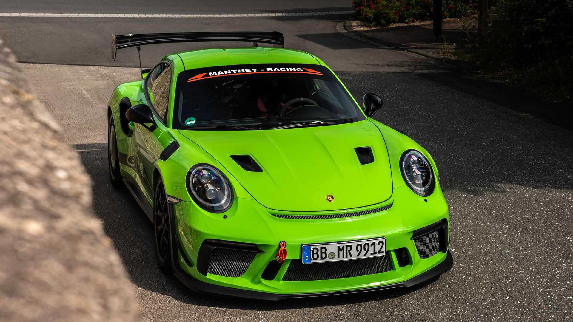 Porsche-911-GT3-RS-by-Manthey-Racing-1