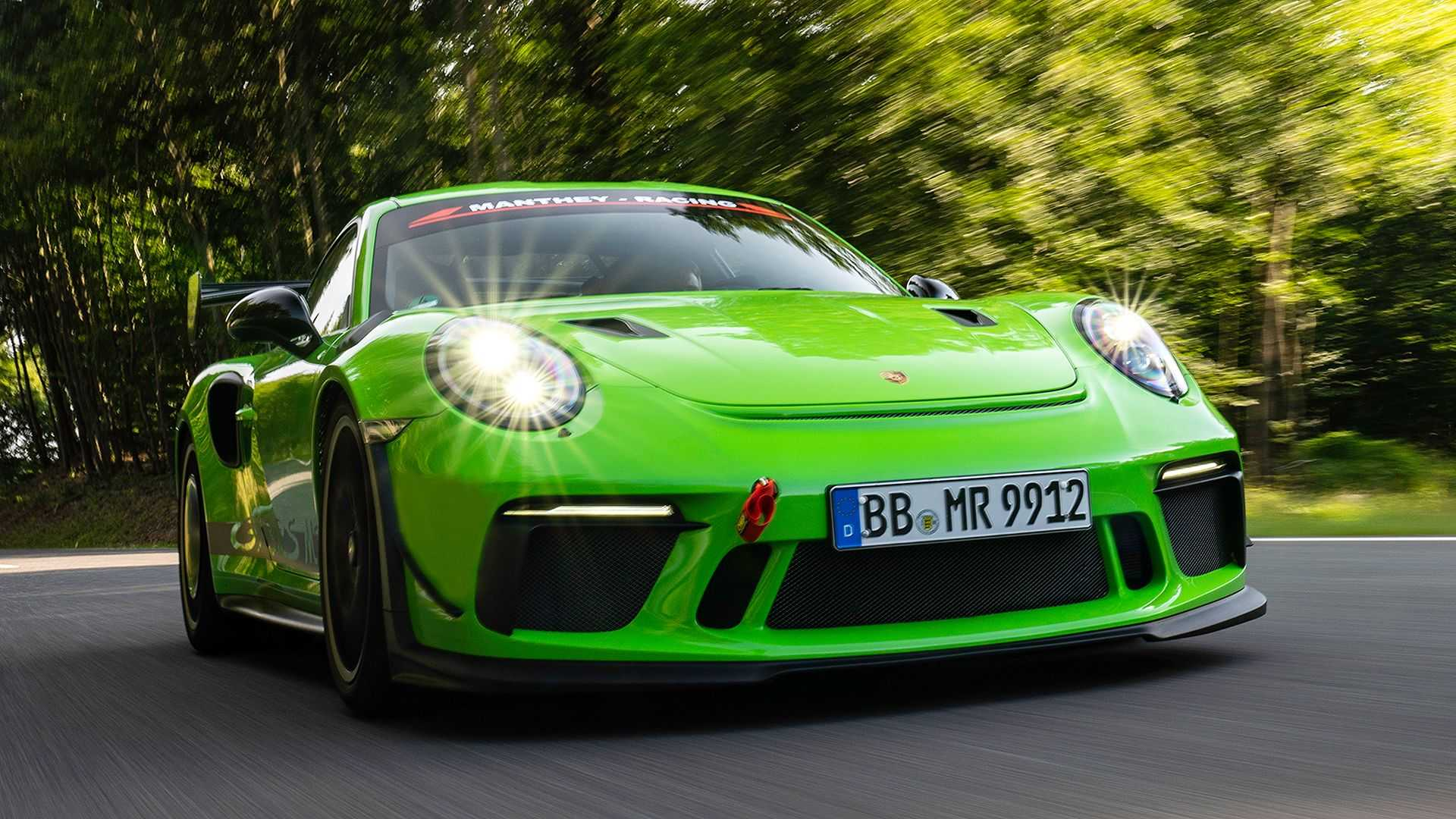 Porsche-911-GT3-RS-by-Manthey-Racing-2