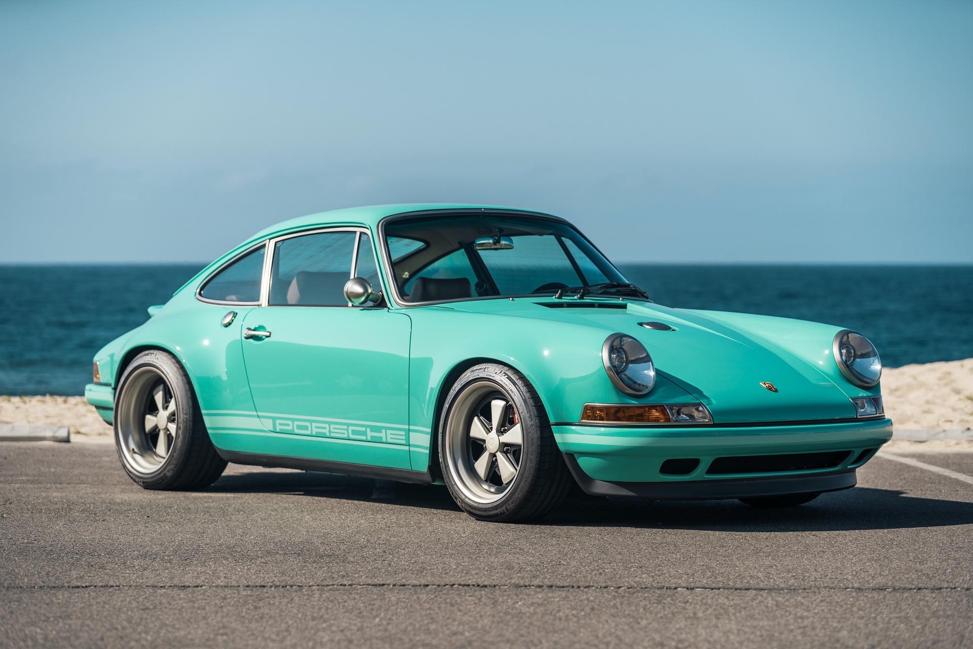 1991-Porsche-911-Malibu-Reimagined-by-Singer_0