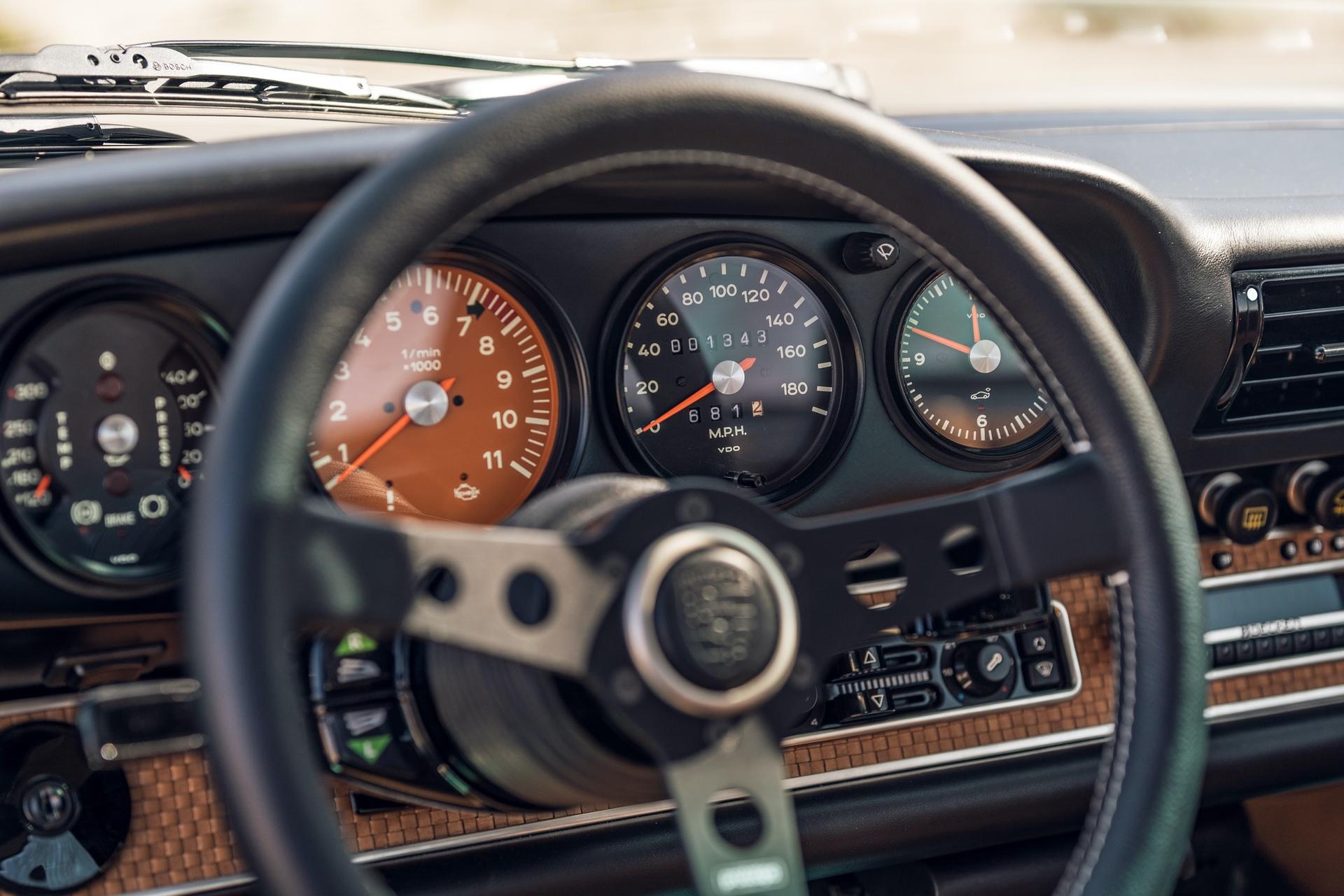 1991-Porsche-911-Malibu-Reimagined-by-Singer_11