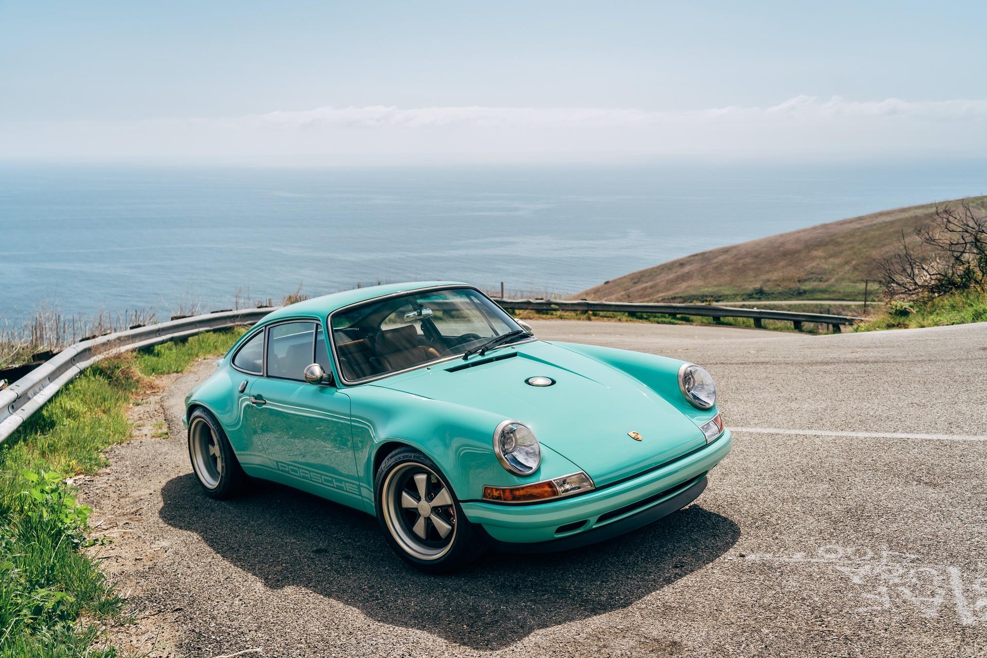 1991-Porsche-911-Malibu-Reimagined-by-Singer_23