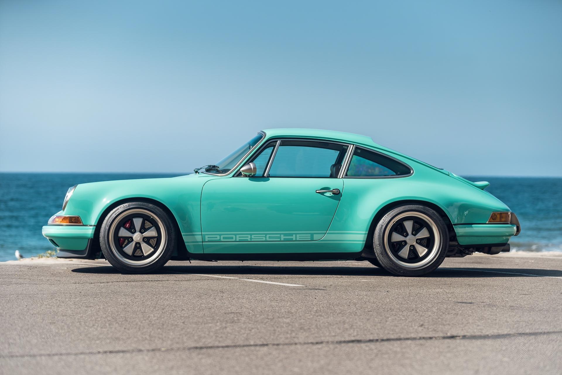 1991-Porsche-911-Malibu-Reimagined-by-Singer_4
