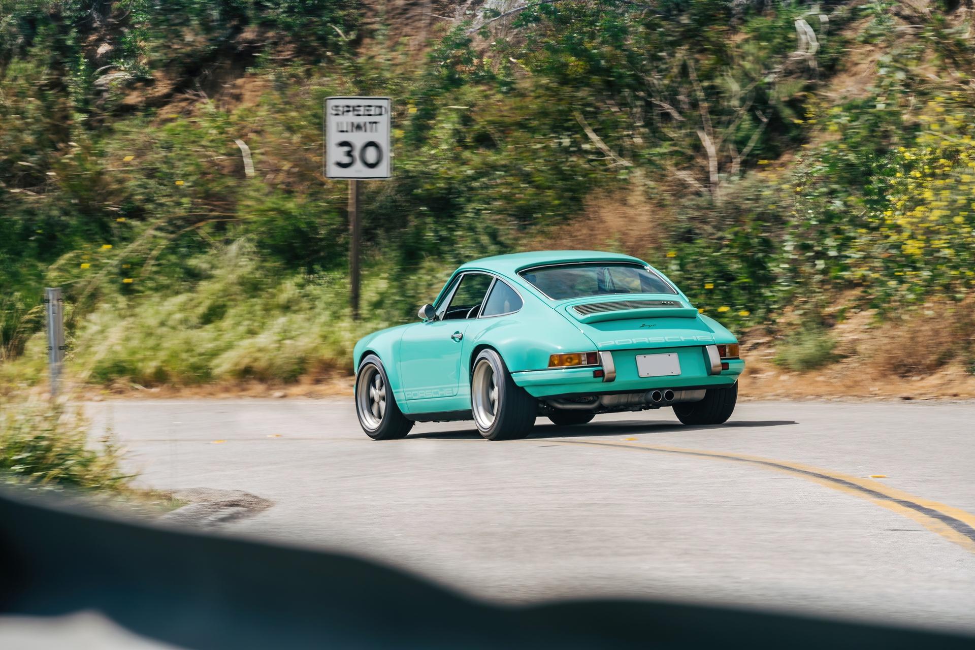 1991-Porsche-911-Malibu-Reimagined-by-Singer_9