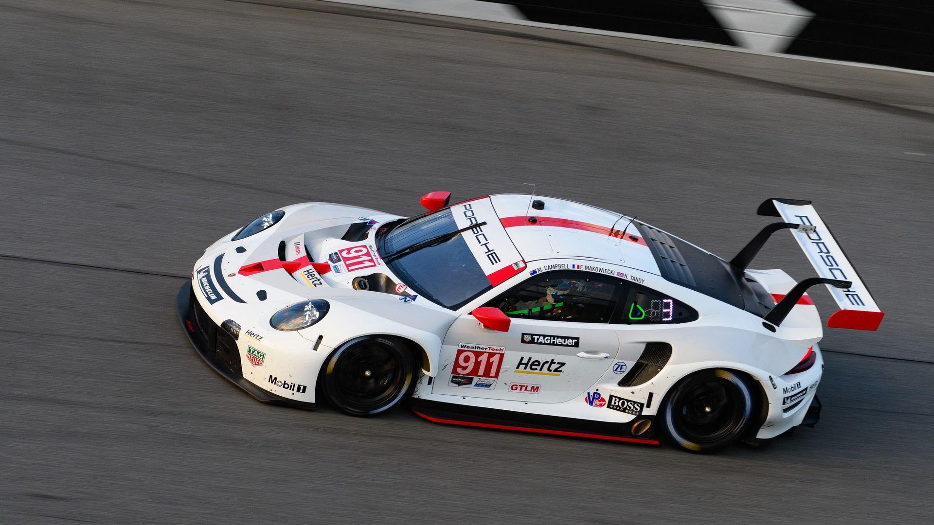 Porsche-911-RSR-IMSA-16