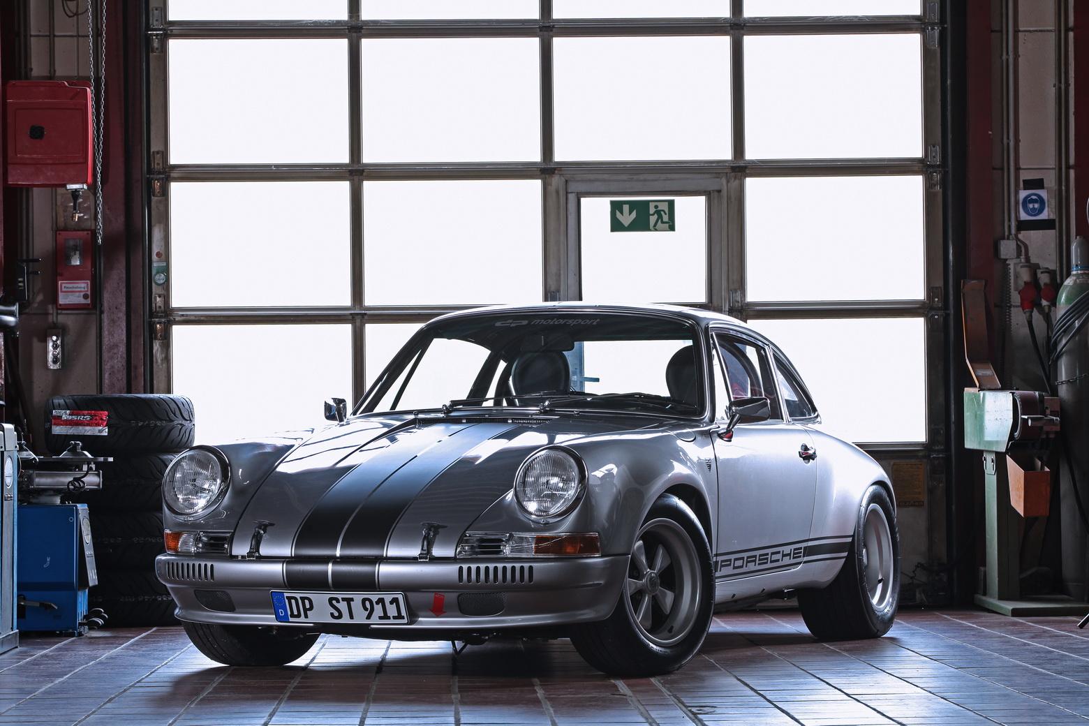 Porsche-911-S-T-1985-by-dp-Motorsport-1