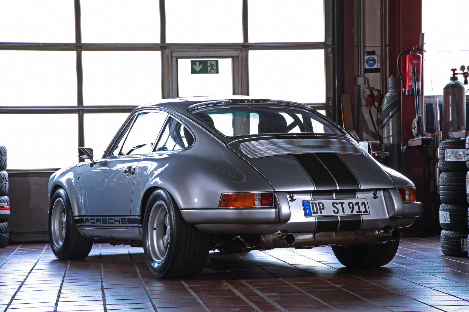 Porsche-911-S-T-1985-by-dp-Motorsport-14