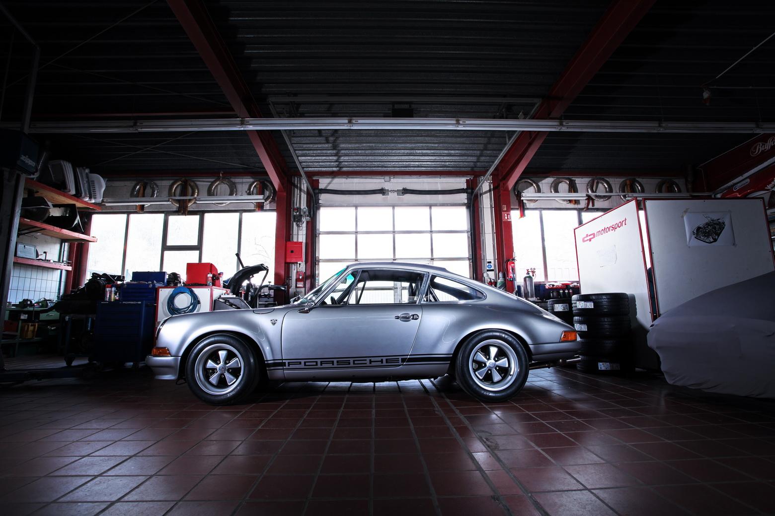 Porsche-911-S-T-1985-by-dp-Motorsport-3
