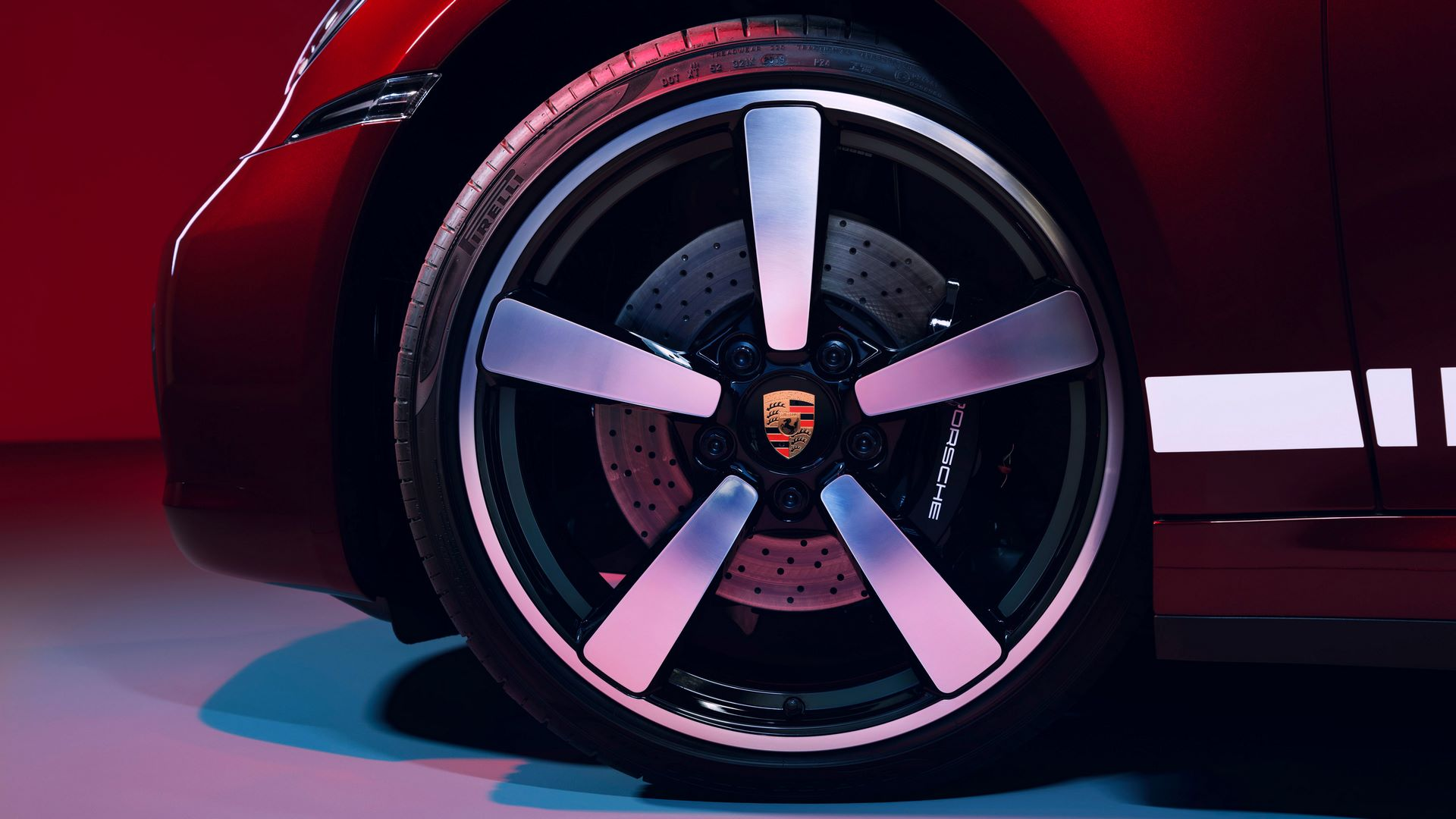 Porsche-911-Targa-4S-Heritage-Design-Edition-14