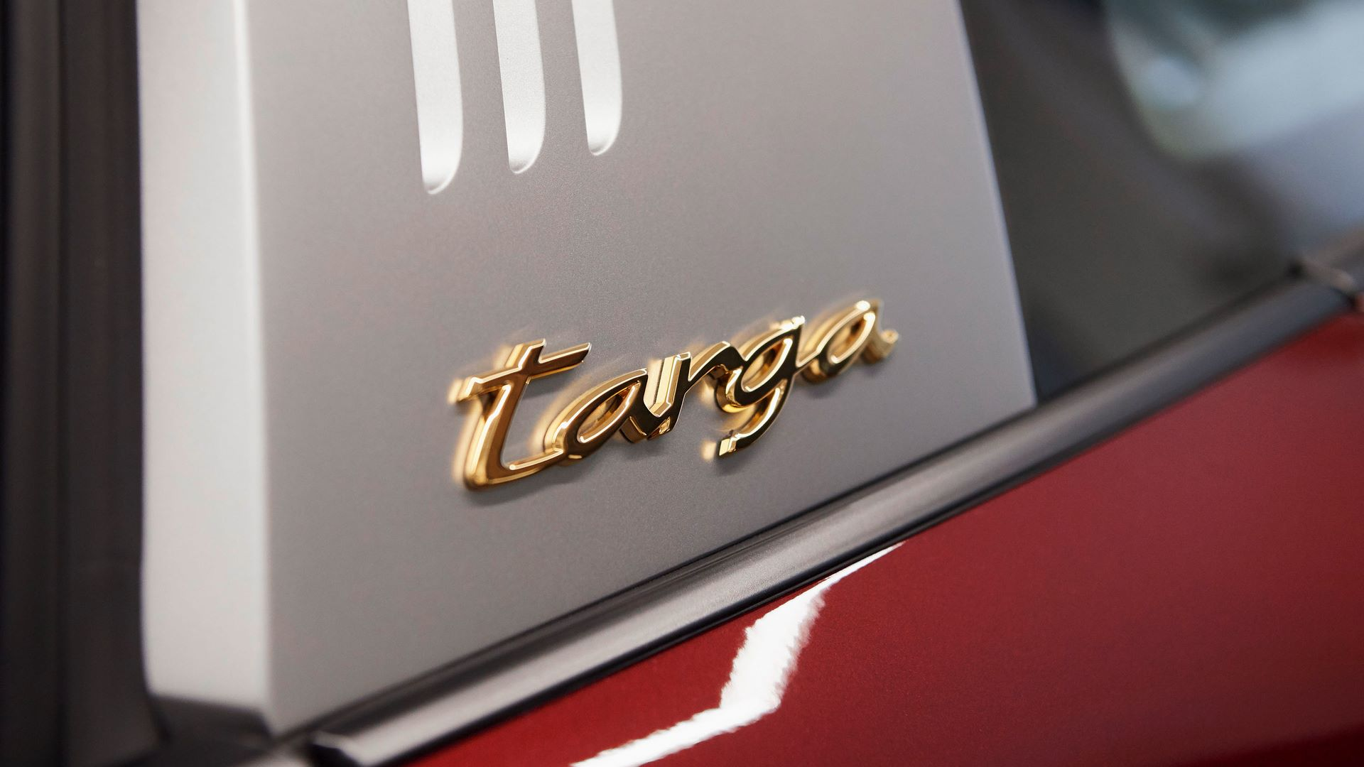 Porsche-911-Targa-4S-Heritage-Design-Edition-27