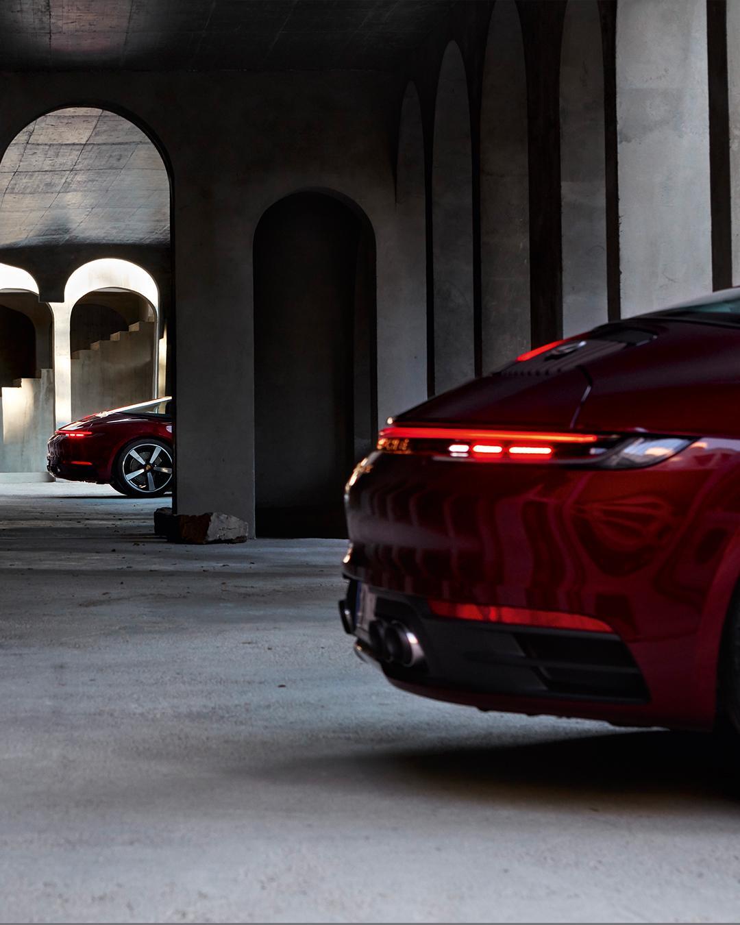 Porsche-911-Targa-4S-Heritage-Design-Edition-40-9