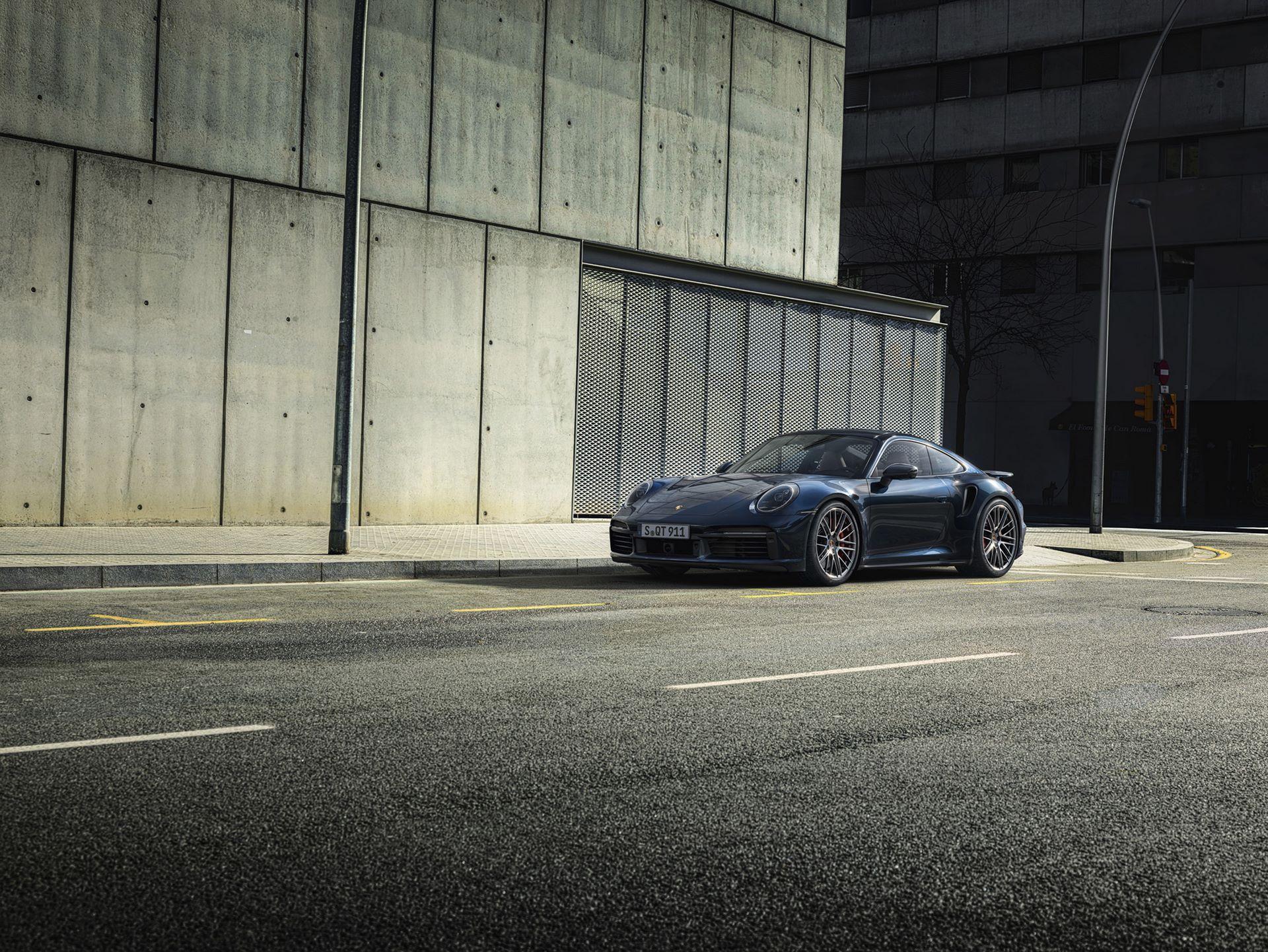 Porsche-911-Turbo-2020-1
